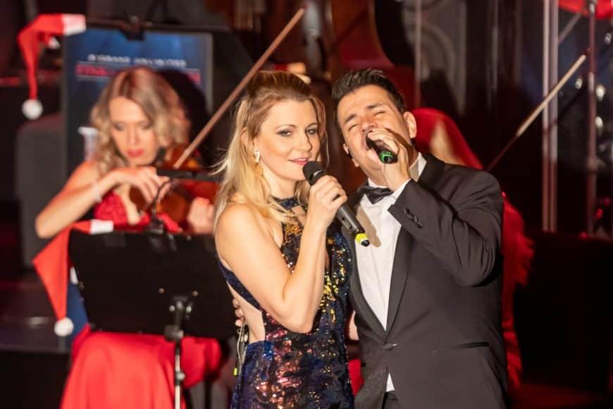 Sandra Kozlik und Sandro Luzzu singen ein Duett