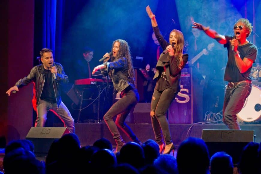 Die Live-Band STEINBACH aus München verkörpert Freude und Begeisterung.
