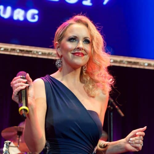 Sofia Andersson bei der Steinbach Bigband